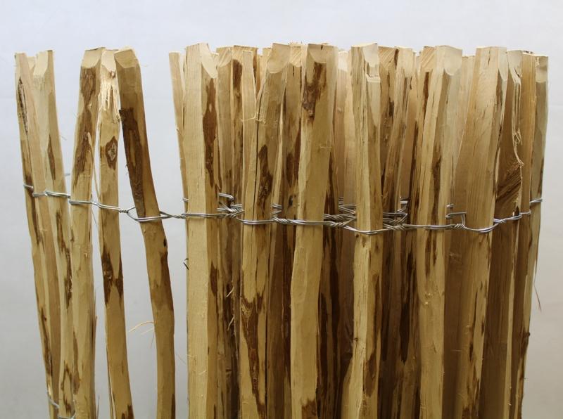 holzwaren 24 staketenzaun aus haselnussholz 80x500 cm abstand 7 8 cm. Black Bedroom Furniture Sets. Home Design Ideas